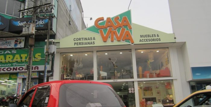 Casa viva ubicada en la carrera quinta en ibagu for 313 salon marietta ga
